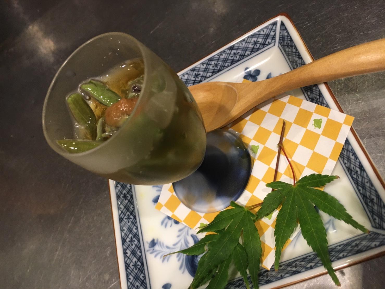 蓴菜梅酢(500円)